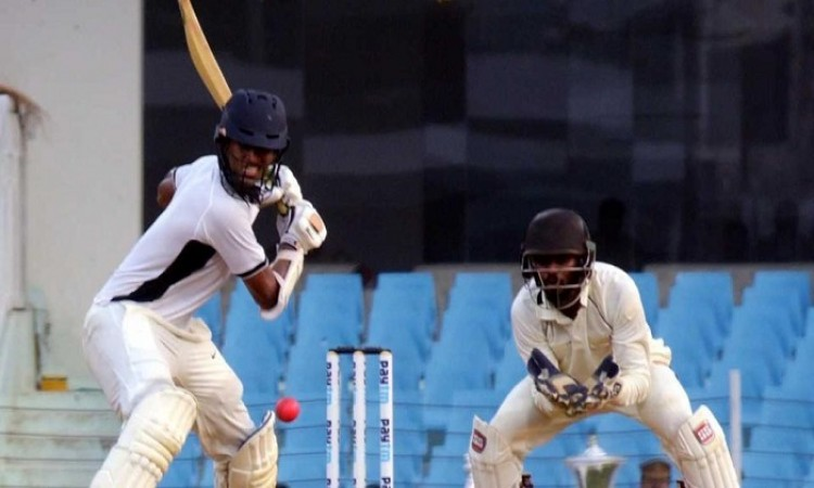 Images for India Red dominate day 3 of Duleep Trophy final