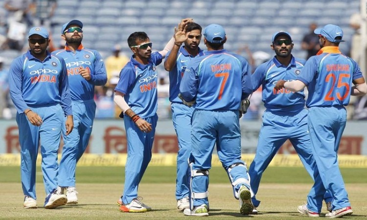Indian bowlers restrict New Zealand to 230/9 in 2nd ODI
