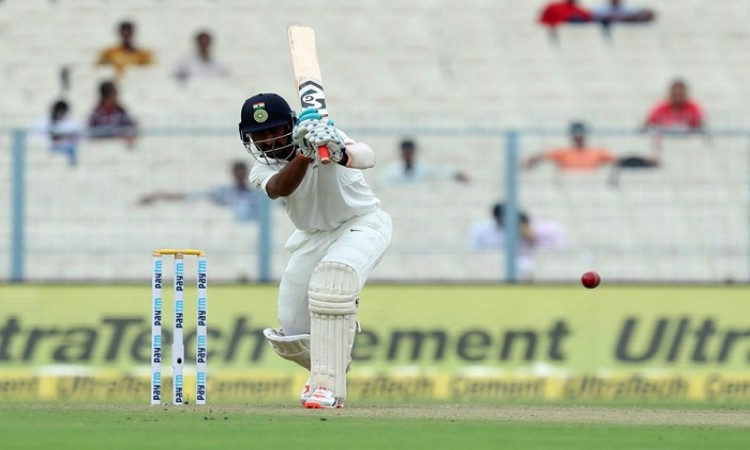 Chesteshwar Pujara wages lone battle as India totter at 74/5 on Day 2