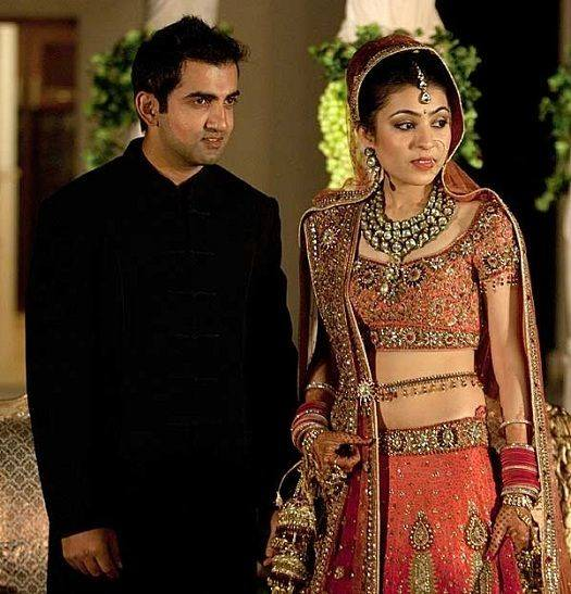 Gautam Gambhir With His Wife Images in Hindi
