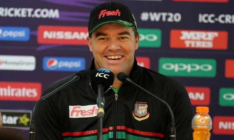 Heath Streak and Stuart Law call for 'more than two reviews' per innings