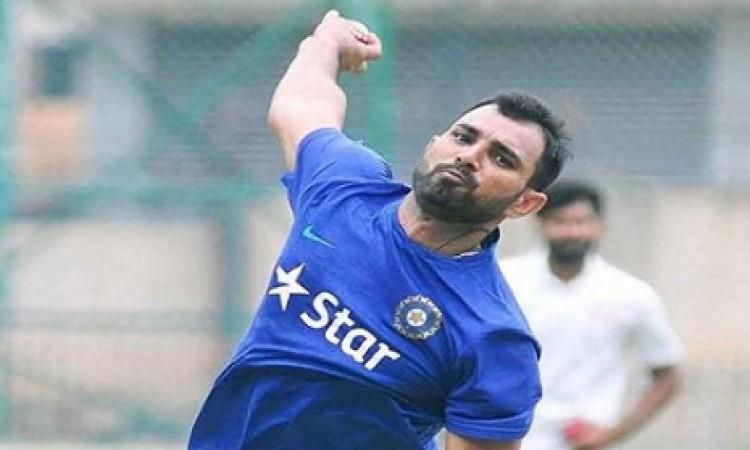 श्रीलंका के खिलाफ टेस्ट सीरीज से पहले ही मोहम्मद शमी  Images
