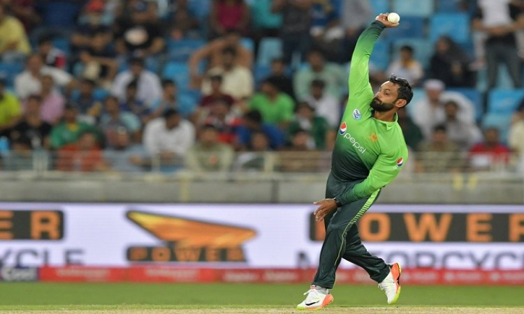 Pakistan's Mohammad Hafeez banned again for illegal action by ICC