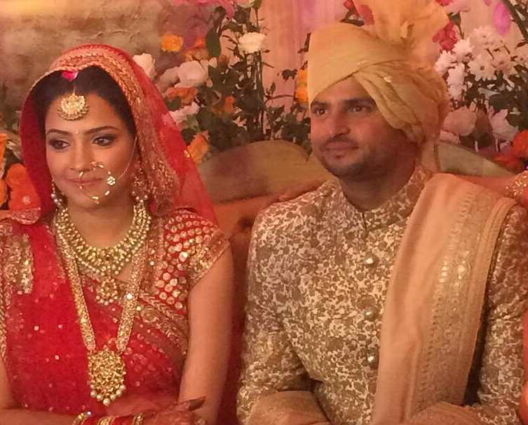 Suresh Raina With His Wife Images