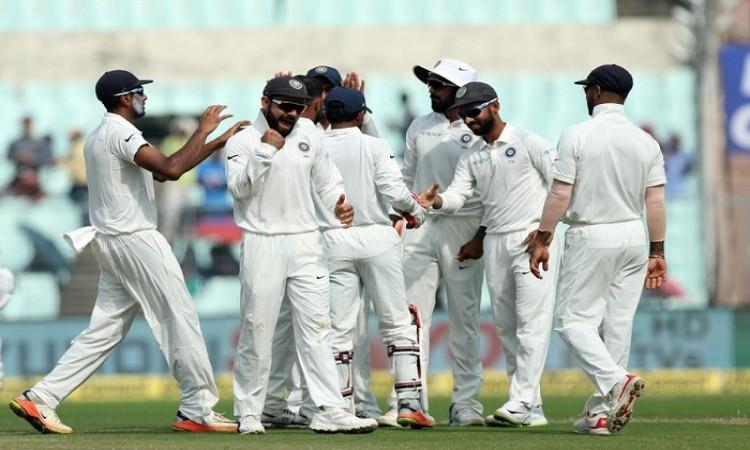 Rangna Herath helps Sri Lanka take 122 runs lead