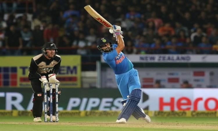 विराट कोहली के 7000 टी20 रन पूरे
