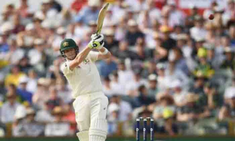 3rd Ashes Test: Australia trail by 200 runs against England on Day 2 Images