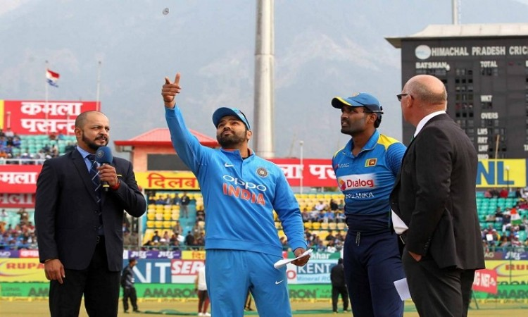 Sri Lanka have won the toss and have opted to field