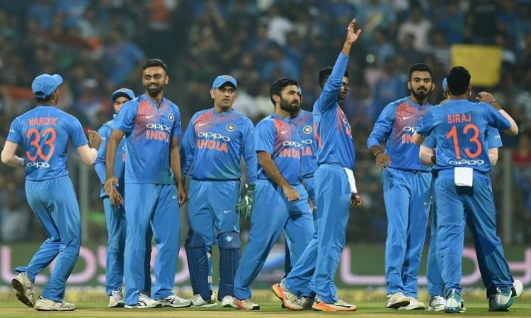 India thrash Sri Lanka by 5 wickets 3rd T20I, inflict whitewash