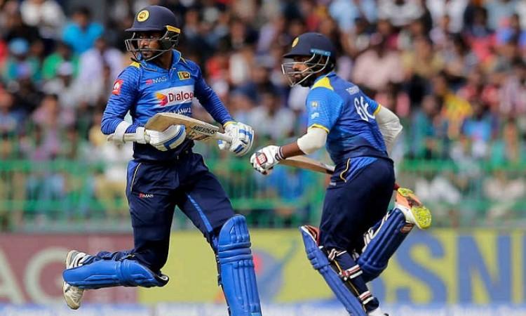 3rd ODI: India restrict Sri Lanka to low score Images