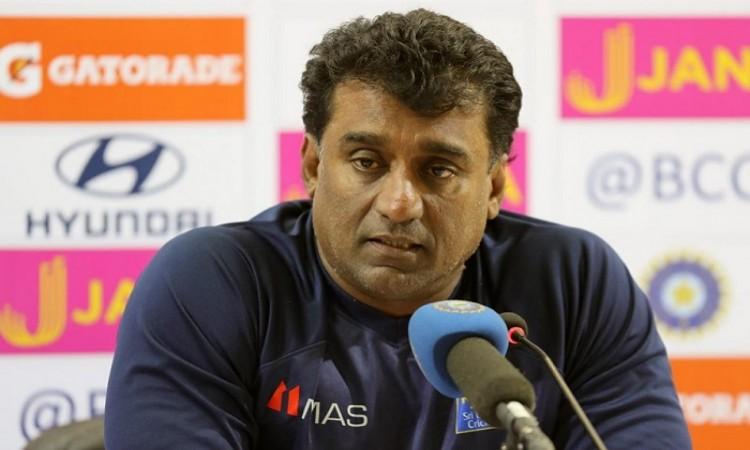Lakshan Sandakan should have picked early wickets, says Rumesh Ratnayake