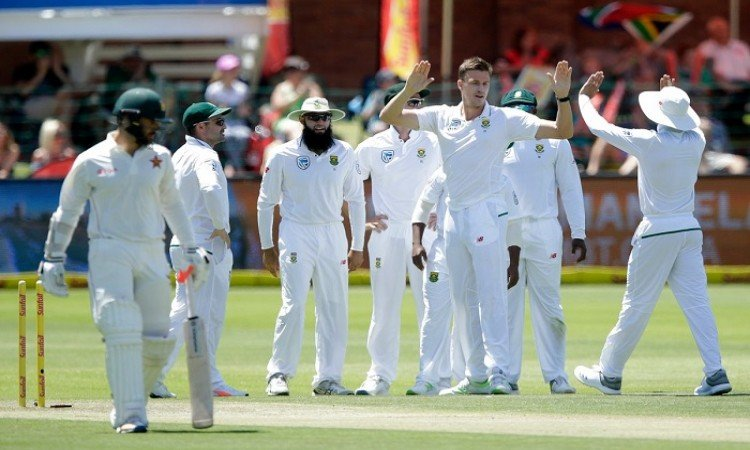 South Africa beat Zimbabwe by an innings and 120 runs