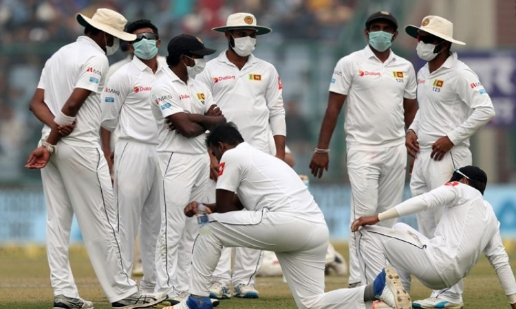 Images for 3rd Test: Air pollution briefly halts play