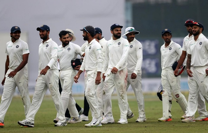 Sri Lanka all out for 373, trail by 163 runs