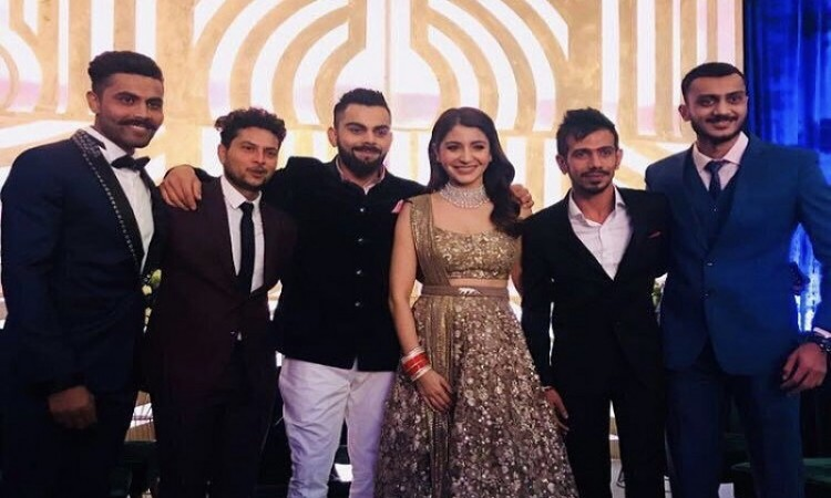 Images for Anushka, Virat Kohli hold second, star-studded reception in Mumbai