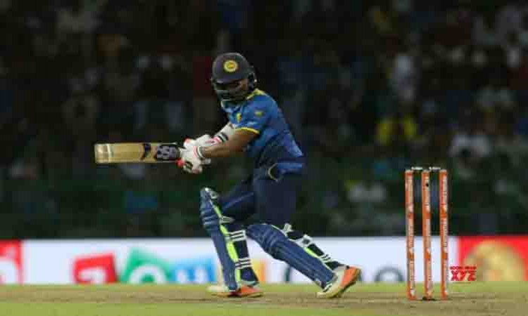 India opt to field vs Sri Lanka in 3rd T20I Images