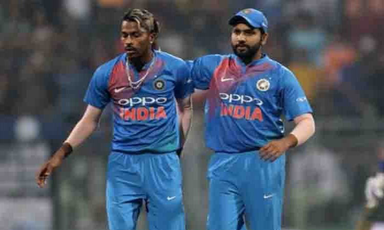 India restrict Lanka to 135/7 in 3rd T20I Images