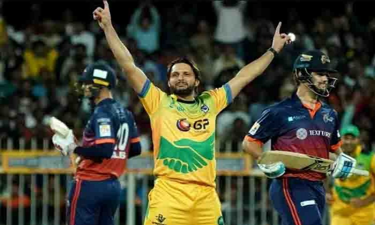 Shahid Afridi hat-trick steals show in T10 opener Images