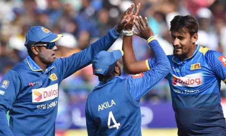 Sri Lanka thrash India in 1st ODI Images