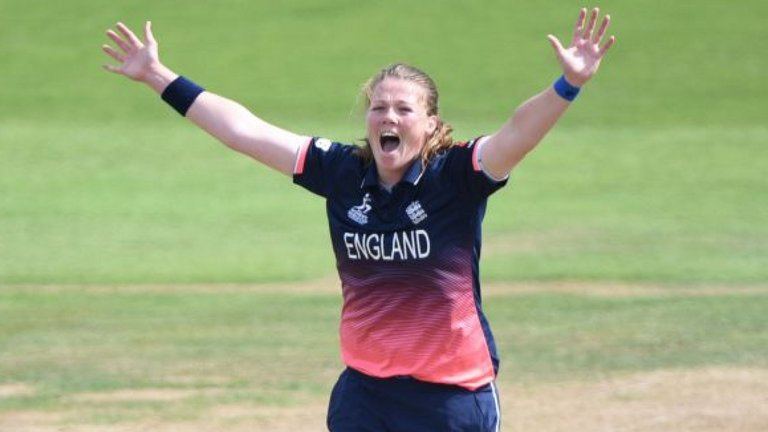 Anya Shrubsole (England), ICC Spirit Of Cricket Images in Hindi