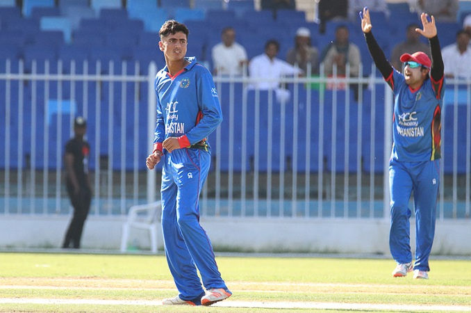 16 year old Mujeeb Zadran is sold to kings xi Punjab fot INR 400 lacs