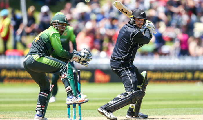 New Zealand blank Pakistan 5-0 in ODI series Images