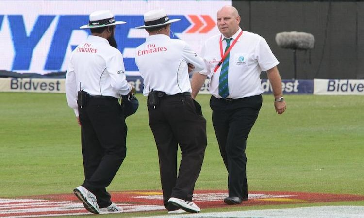 Wanderers Stadium pitch rated poor