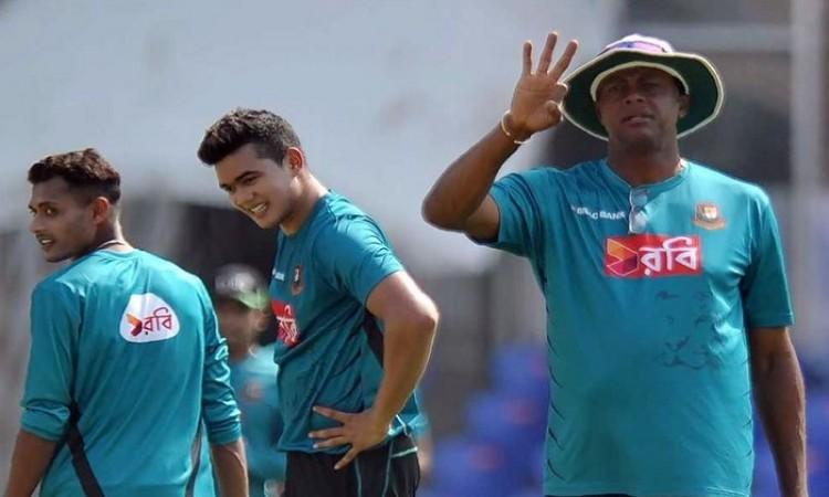 Courtney Walsh appointed Bangladesh interim head coach