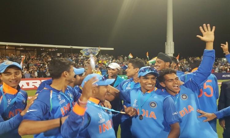 ICC U-19 WC final: India vs Australia scoreboard Images