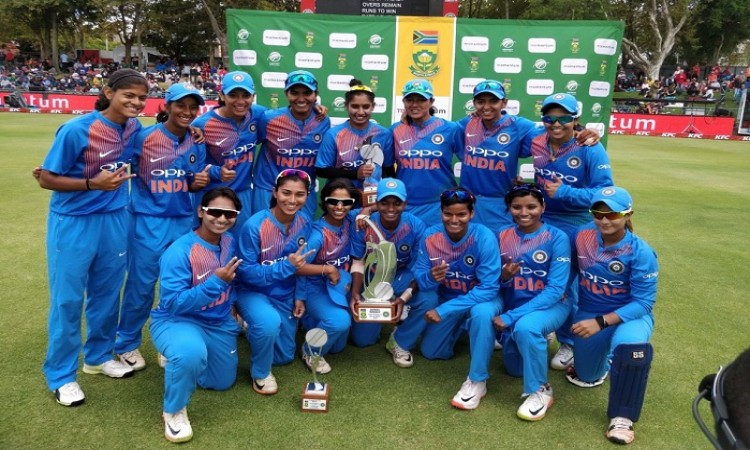 India clinch women's T20I series against South Africa