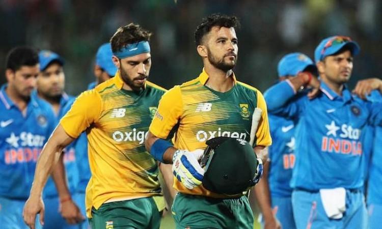 Team kept composure while batting, says JP Duminy