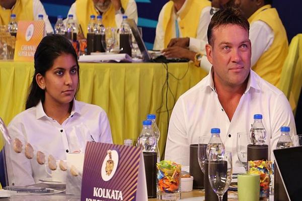 Janvi With Kallis Durinhg IPL 2018 Images