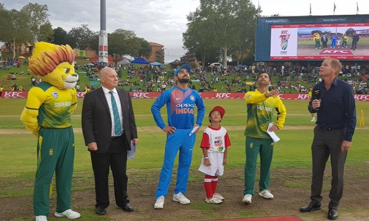South Africa wins the toss and elects to bowl first in the 2nd T20I