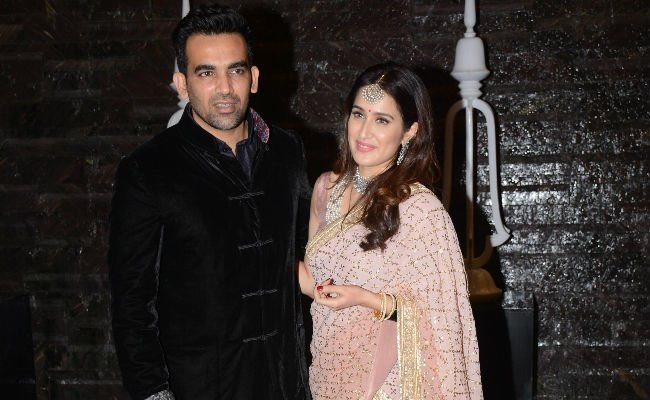 Zaheer Khan With His Wife Sagarika Ghatge Images