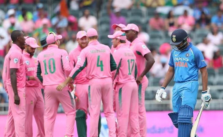 India 53/1 after 10 overs in fourth ODI