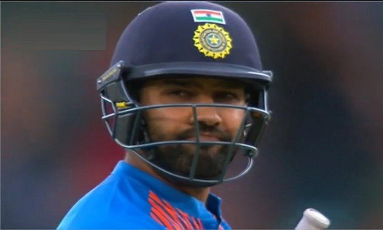 Only the second time India's first over of a T20I has been a maiden