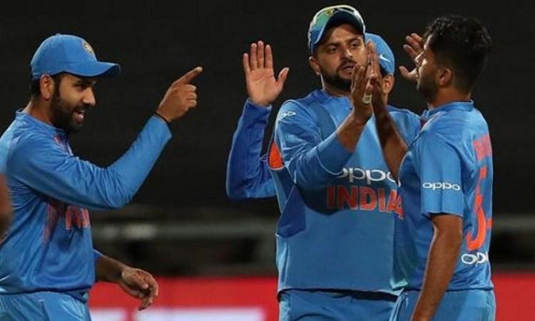 Sabbir Rahman helps Bangladesh post 166/8 against India Images