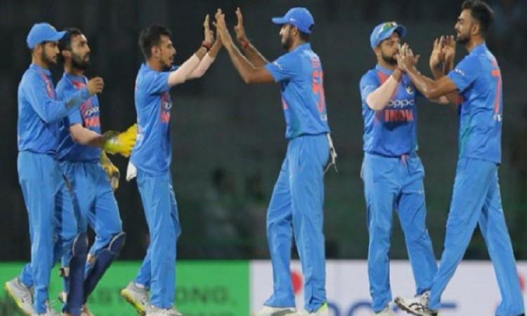 भारत को जीत के लिए 153 रन की जरूरत BREAKING