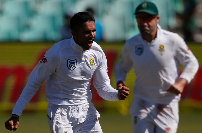 Australia in control despite South Africa strikes
