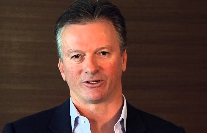 Steve Waugh deeply troubled by ball-tampering incident