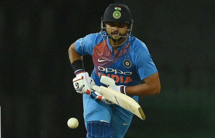 Suresh Raina need 1 run to complete 1500 t20 international runs