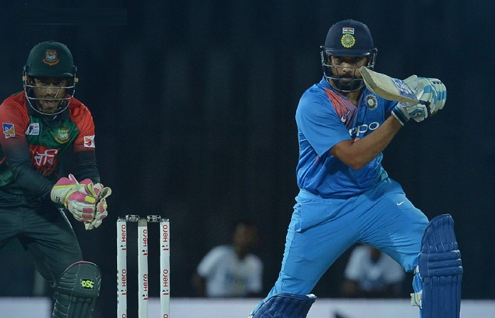 India finish with 176 after Rohit's 89