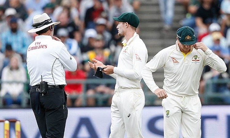 Smith fined, suspended for ball tampering Images