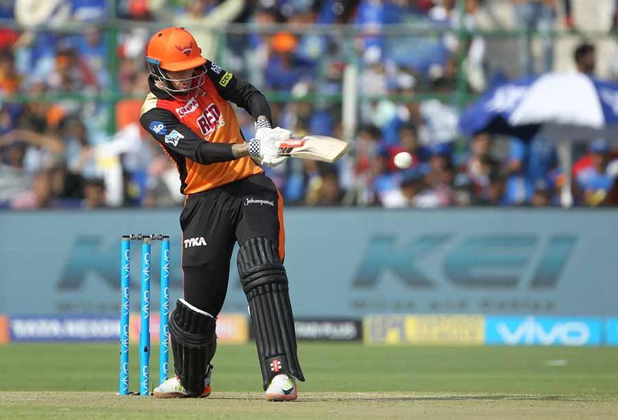 आईपीएल 2018 के दौरान एक्शन में सनराइजर्स हैदराबाद के एलेक्स हेल्स फोटो