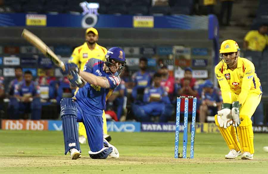 आईपीएल 2018 मैच के दौरान चेन्नई सुपर किंग्स की भूमिका में बेन स्टोक्स फोटो