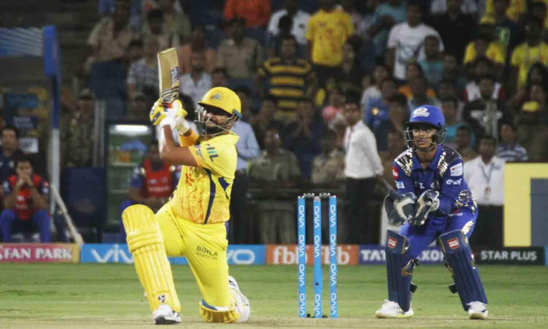 आईपीएल 2018 मैच के दौरान चेन्नई सुपर किंग्स सुरेश रैना फोटो