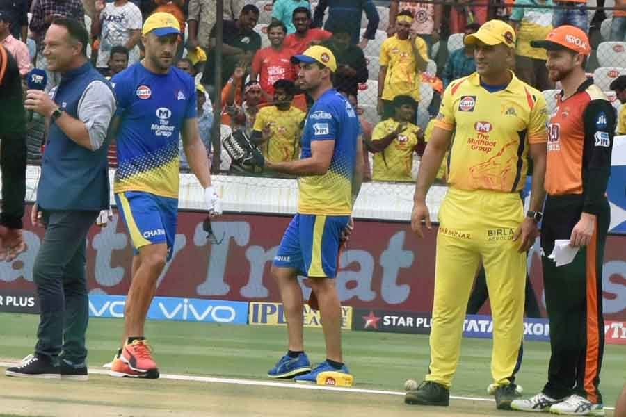 Image Chennai Super Kings Captain MS Dhoni And Kane Williamson Of Sunrisers Hyderabad During The Tos