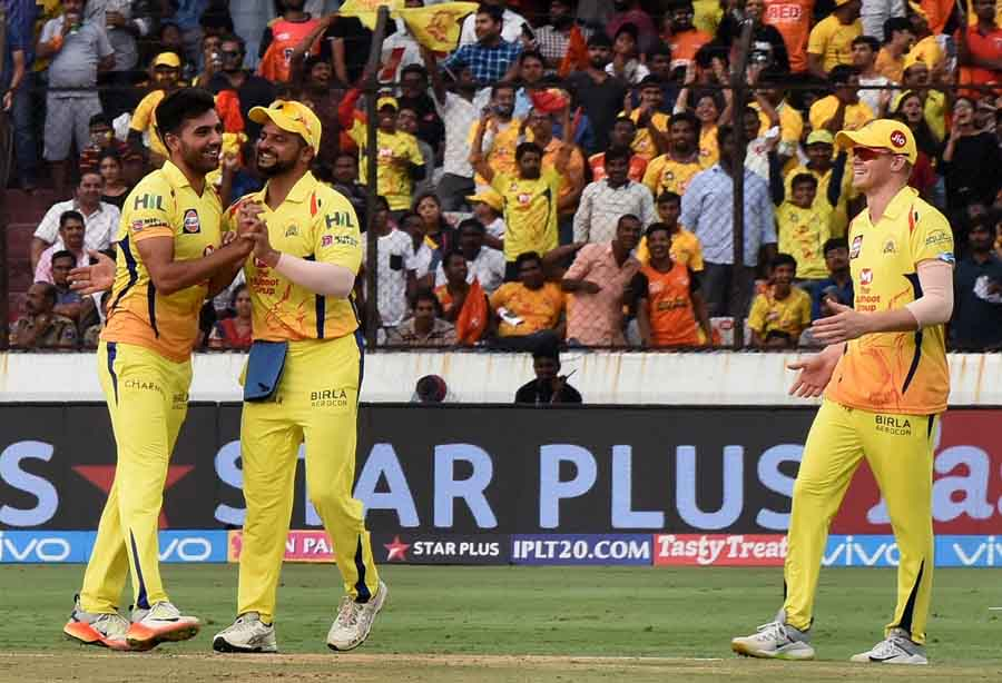 Deepak Chahar of CSK Celebrates With Teammates After Taking the Wicket of Manish Pandey Images