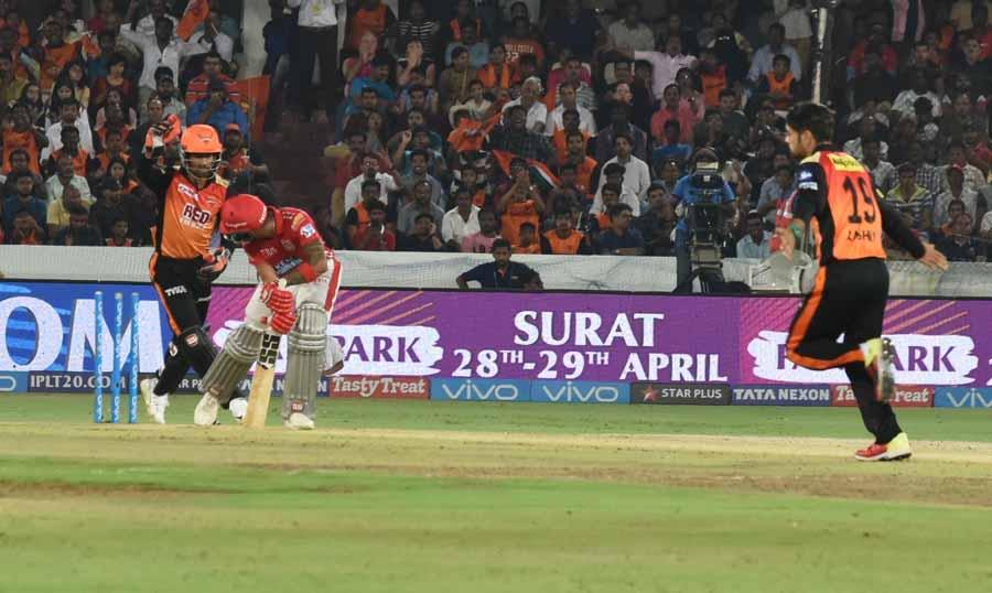 आईपीएल 2018 मैच के दौरान किंग्स इलेवन पंजाब के मनोज तिवारी फोटो