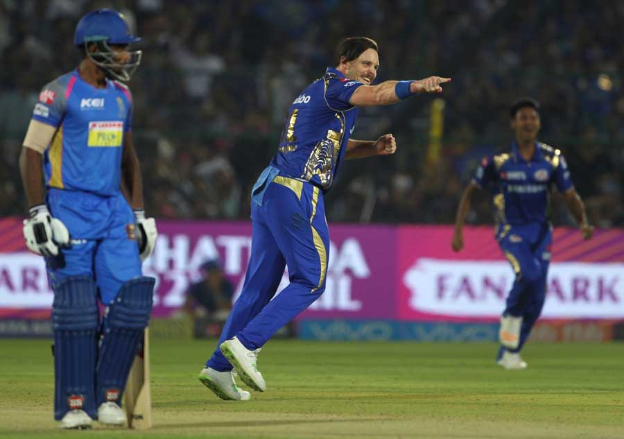 Mitchell McClenaghan Celebrates Fall Of Rajasthan Royals Captain Wicket Of Ajinkya Rahane Images